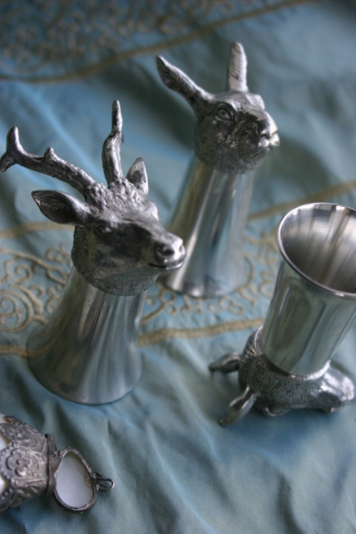 pewter-animal-shot-glasses-trouvais