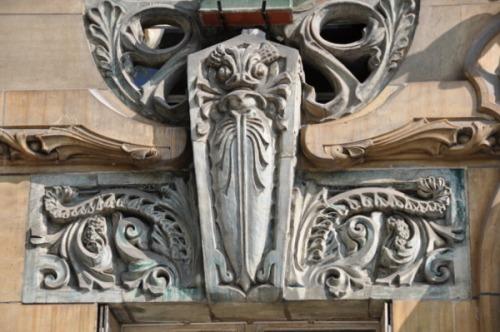 ceramic-tiles-fish-jules-lavirotte1