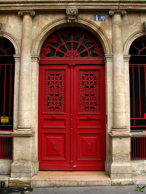 screen shot 2013 02 28 at 11 11 26 am HARLEQUINE DOORS IN PARIS
