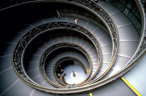 vaticano-museum_staircase