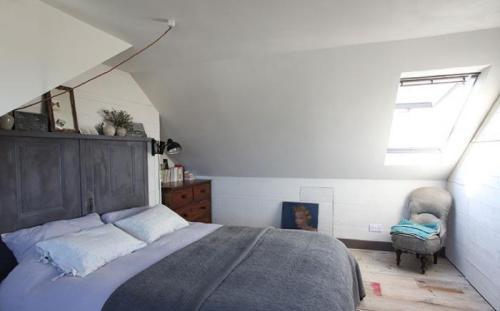 700_uk-diy-house-1